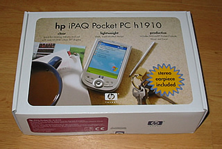 A picture of the iPAQ Pocket PC h1910 box