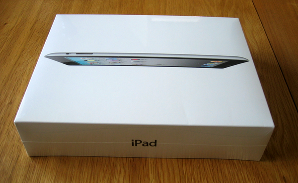 A picture of my iPad 2 in its shrinkwrapped box